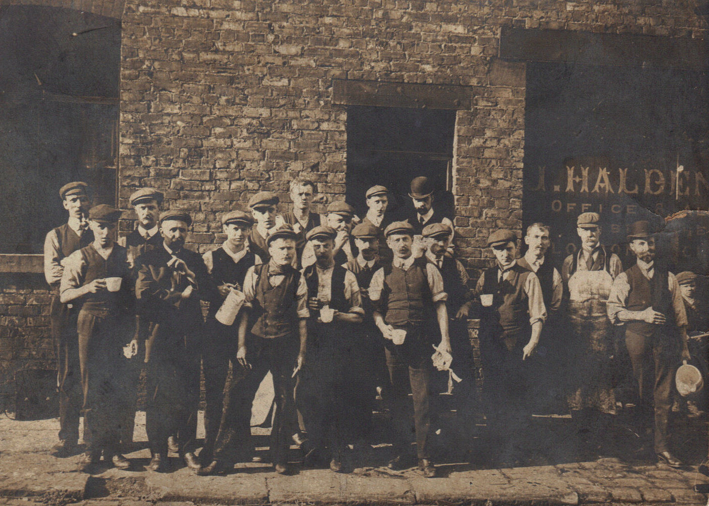 an introduction to the urban industrial workers in the 19th century The industrial revolution index introduction to the first  the industrial revolution urban  in the early part of the 19 th century the method of.