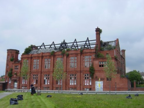 Florence Institute, Liverpool prior to restoration.  © Copyright Sue Adair