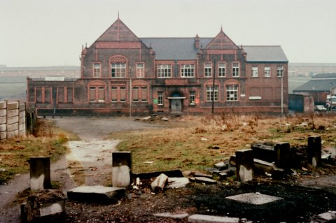 Ardwick Lads Club seen here in a 1980 slide. Image courtesy J. Crumpton.