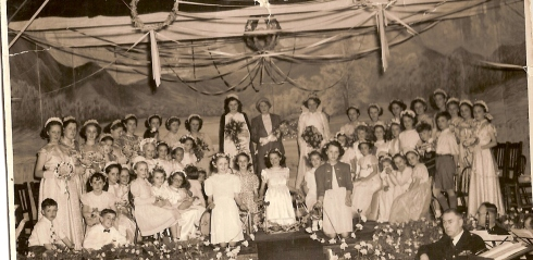 Culcheth Rose Queen Day 1950. Courtesy Margaret Cowan-Young.