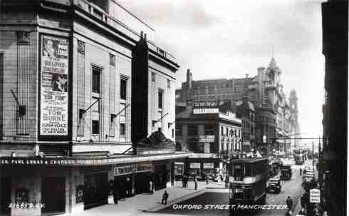 The Odeon Cinema, formerly the Paramount Theatre on Oxford Street in 1936. Image courtesy P. Stanley.