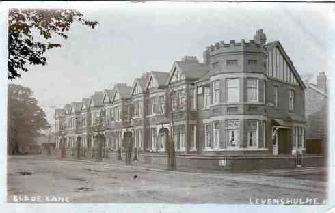 Slade Lane, Levenshulme in 1908. Image courtesy M. Tierney.